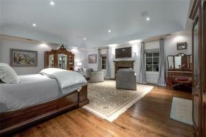master suite 2